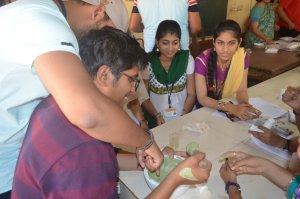 गोगटे जोगळेकर महाविद्यालयात राष्ट्रीय विज्ञान दिन आणि कै. अरुअप्पा जोशी स्मृतिदिन संपन्न