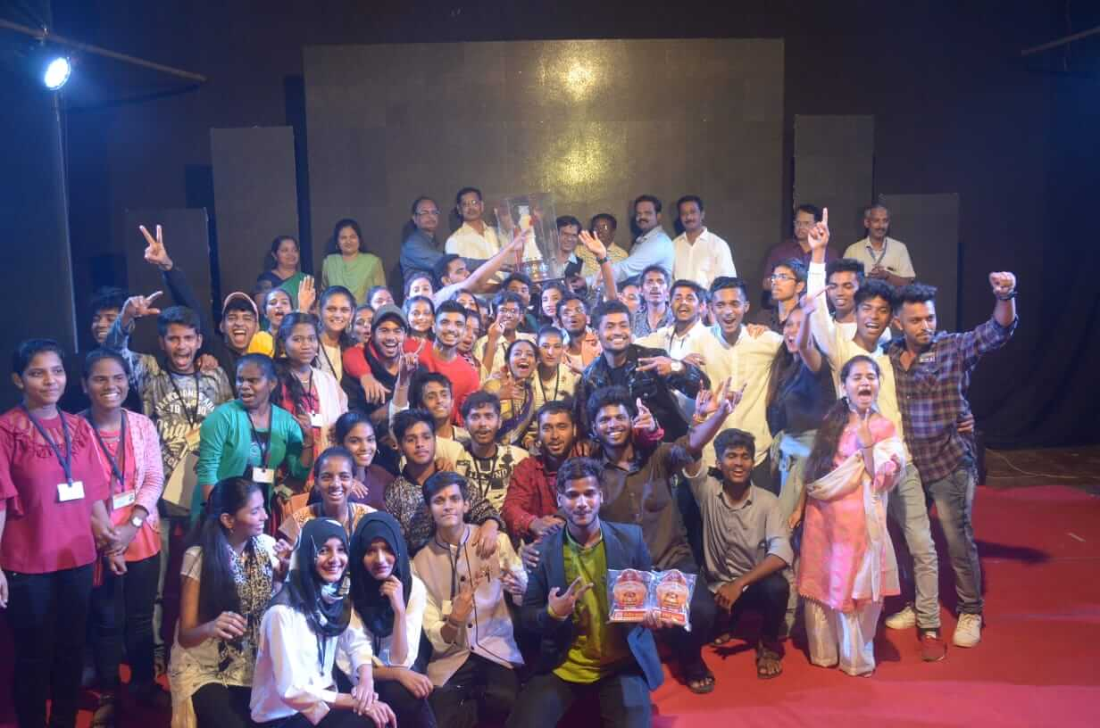 गो. जो. महाविद्यालय 'झेप युवा महोत्सव २०१९' द्वितीय वर्ष कला 'महाराजा करंडक'चा मानकरी