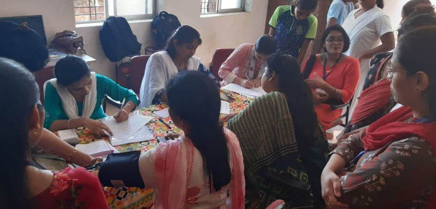 गोगटे जोगळेकर महाविद्यालयात महिला दिनानिमित्त आरोग्य तपासणी शिबीर संपन्न